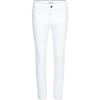 Odjeća Žene  Slim traperice Calvin Klein Jeans K20K202836 Bijela