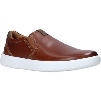 Obuća Muškarci  Slip-on cipele Clarks 26158126 Smeđa