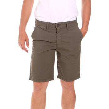 Odjeća Muškarci  Bermude i kratke hlače Lumberjack CM80648 002EU Zelena