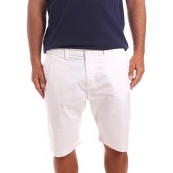 Odjeća Muškarci  Bermude i kratke hlače Sseinse PB739SS Bijela