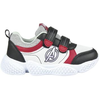 Obuća Dječak  Niske tenisice Avengers 2300004641 Blanco