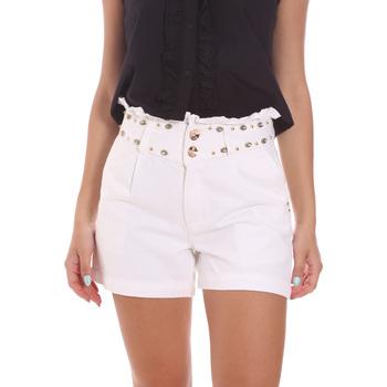 Odjeća Žene  Bermude i kratke hlače Gaudi 111BD26022 Bijela