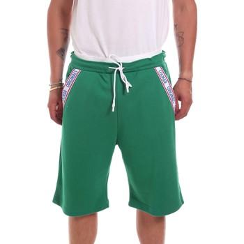 Odjeća Muškarci  Bermude i kratke hlače Colmar 8261 5TK Zelena