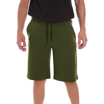 Odjeća Muškarci  Bermude i kratke hlače Ciesse Piumini 215CPMP71415 C4410X Zelena