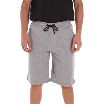 Odjeća Muškarci  Bermude i kratke hlače Ciesse Piumini 215CPMP71415 C4410X Siva