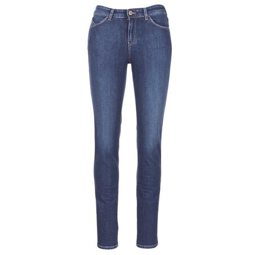 Odjeća Žene  Slim traperice Armani jeans GAMIGO Blue