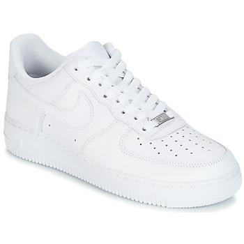 Obuća Muškarci  Niske tenisice Nike AIR FORCE 1 07 Bijela
