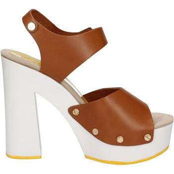 Obuća Žene  Sandale i polusandale Suky Brand Sandale AC483 Smeđa