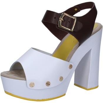 Obuća Žene  Sandale i polusandale Suky Brand Sandale AC809 Bijela