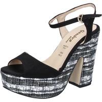 Obuća Žene  Sandale i polusandale Geneve Shoes sandali nero camoscio BZ893 Nero