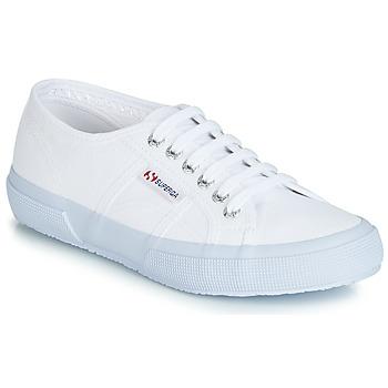Obuća Niske tenisice Superga 2750 CLASSIC Bijela